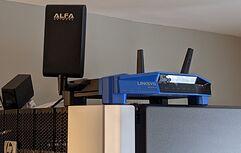 linksysWRT3200ACM-Alpha-High-Gain-10db-directional-antenna